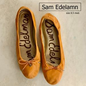 SAM EDELAMN Flats, Size 8.5 Great condition.